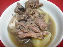 仙台のおいしいもの・宮城のおいしいものをご紹介-角田 ベコ屋の洋ちゃん 牛スネ煮込み皿